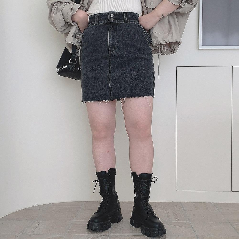 ツーボタンデニムミニスカート