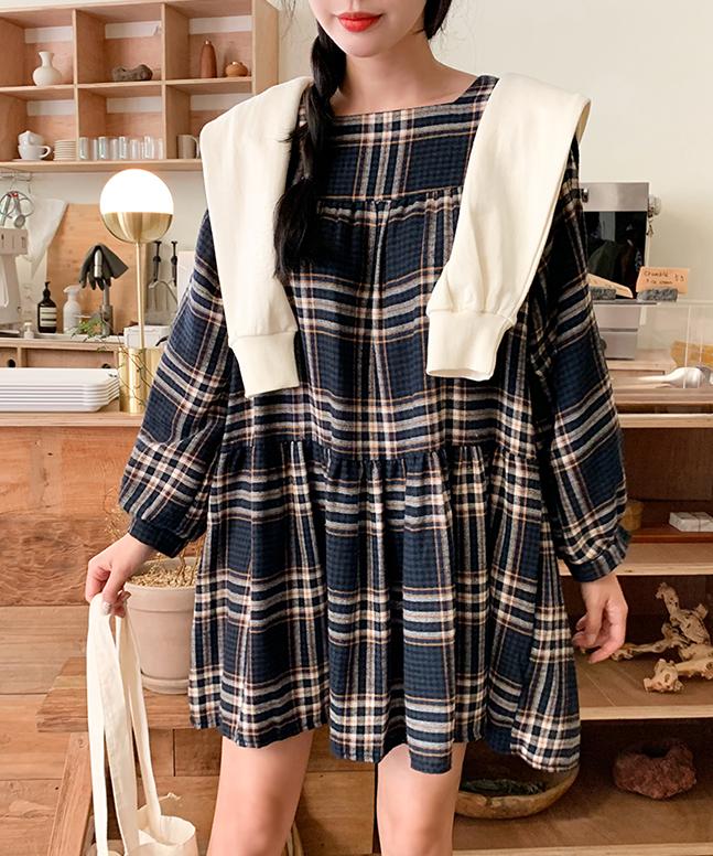 優雅泡泡袖格紋洋裝