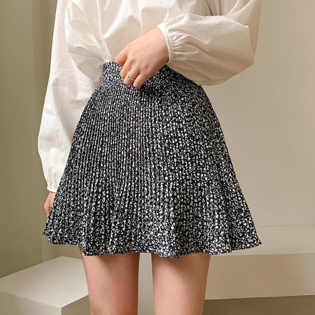 フラワーパターンプリーツスカート