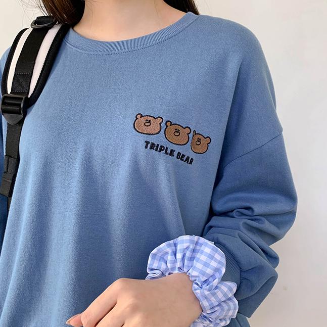 トリプルベア刺繍トレーナー