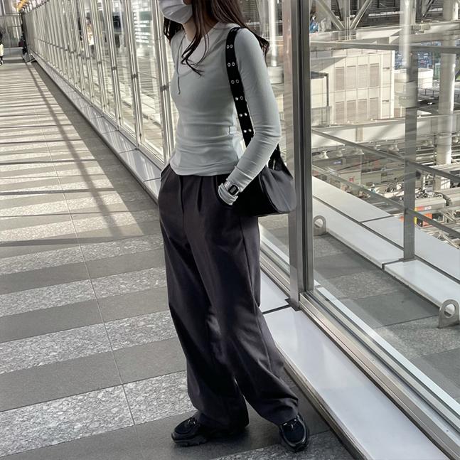 レイヤードリブ長袖Tシャツ(キャミソール付き)