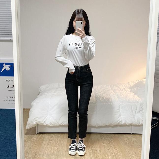 CELERITYレタリング長袖Tシャツ