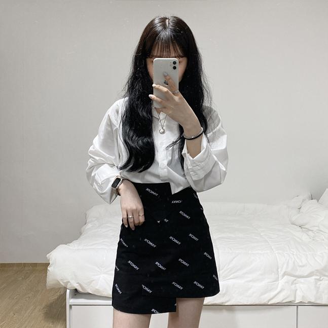ユニークなアンバランススカート