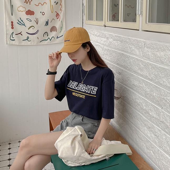 DELEGATEプリント半袖Tシャツ