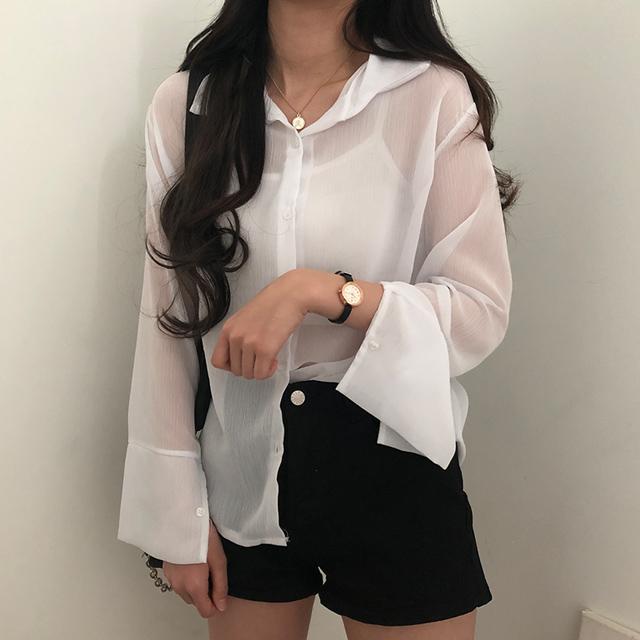 シースルーシャツ
